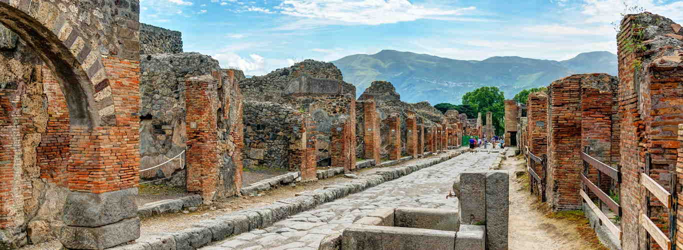 Private Pompeii Guided Tourll