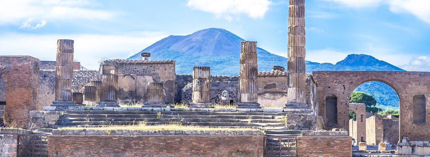 Pompeii Ruins and Mt Vesuvius