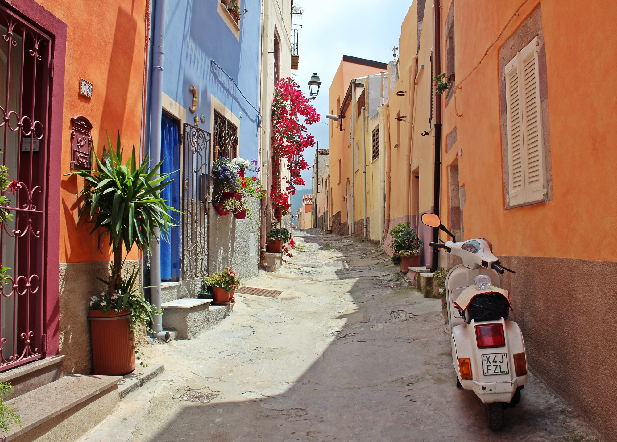 The 6 Best Hidden Attractions in Naples