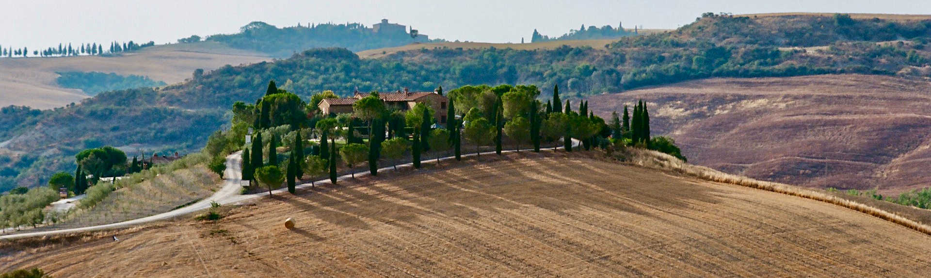 What is the best town to stay in Tuscany?